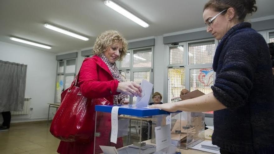 """Díaz Tezanos invita a los ciudadanos a decidir """"el futuro del país y de las próximas generaciones"""""""