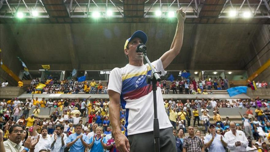"""La oposición venezolana dice que el triunfo de Macri es una """"jornada histórica"""""""