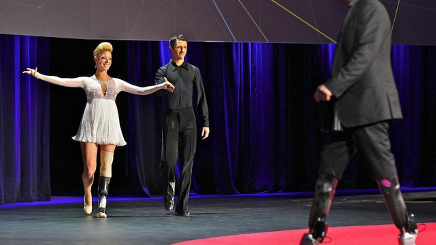 Adrianne Haslet-Daves, en la demostración de baile que realizó durante el evento