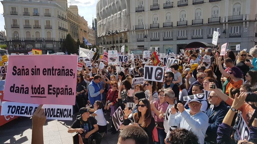 Manifestación antitaurina en la plaza de Sol