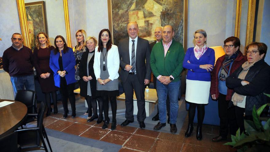 Firma del convenio entre Diputación y varios colectivos sociales.