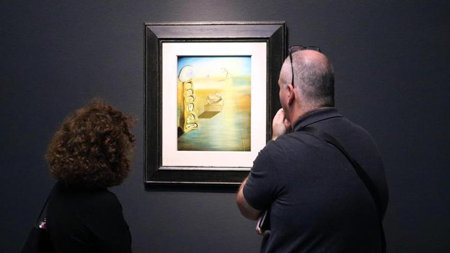 El sueño tecnicolor de Dalí regresa a Texas con excentricidad en miniatura