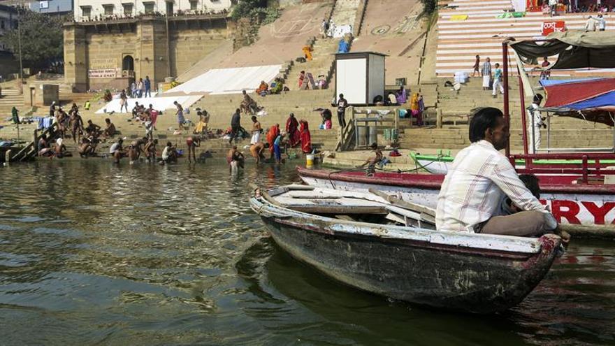 Resultado de imagen para Los ríos Ganges y Yamuna reciben el estatus de persona