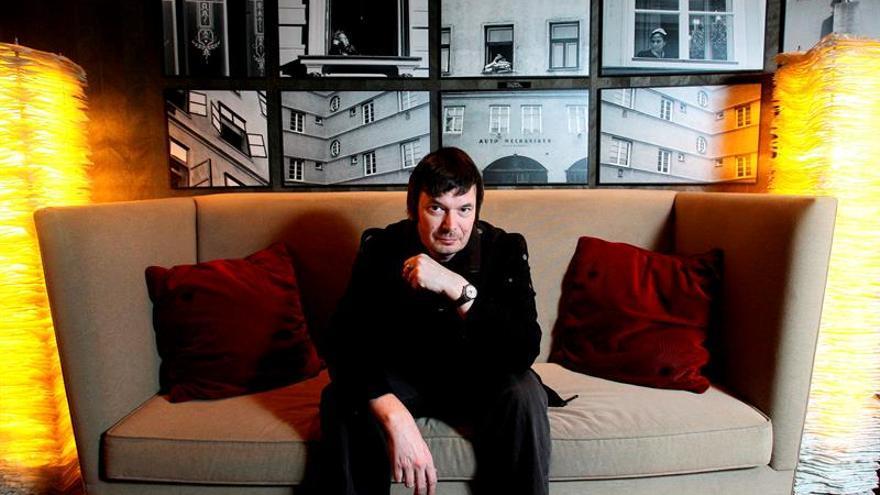 El escritor escocés Ian Rankin gana el X Premio RBA de novela negra