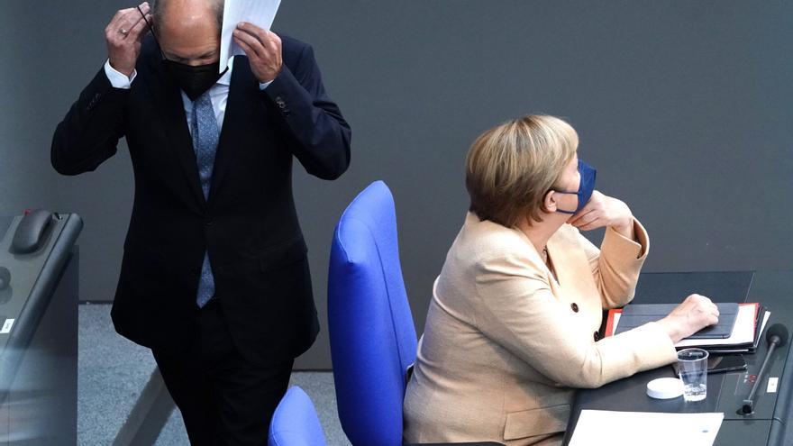 Wolfgang Münchau: El voto de los indecisos, decisivo en los comicios alemanes