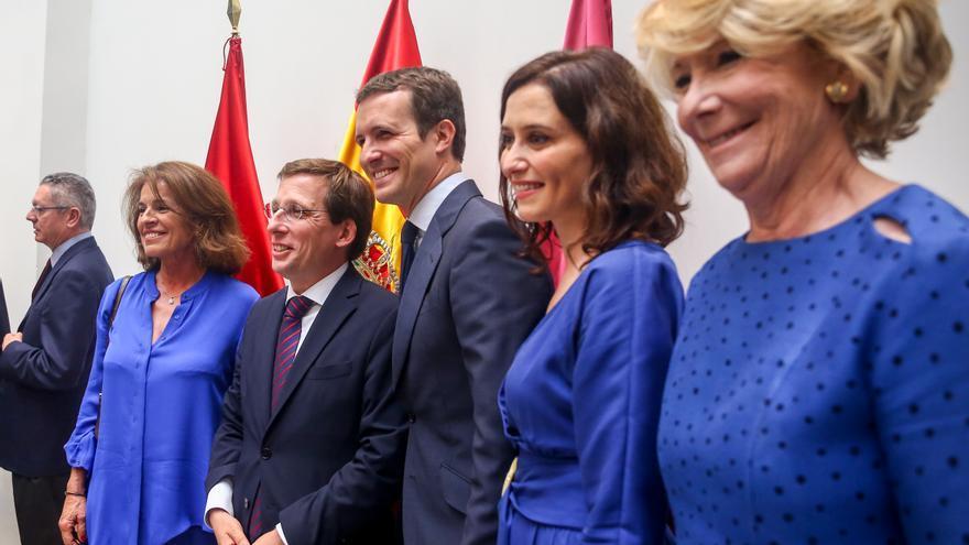 Esperanza Aguirre, Isabel Díaz Ayuso, Pablo Casado, José Luis Martínez Almeida y Ana Botella, junio de 2019. / EP