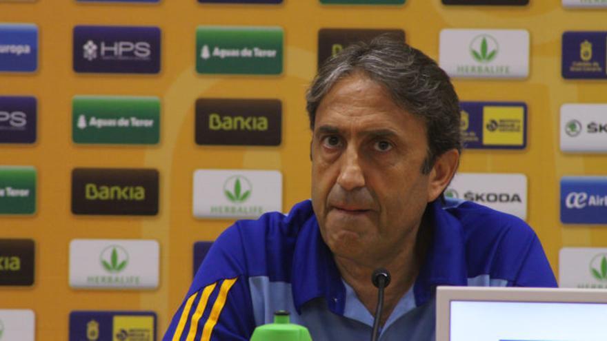 El entrenador del Granca Luis Casimiro. (Web Herbalife Gran Canaria)