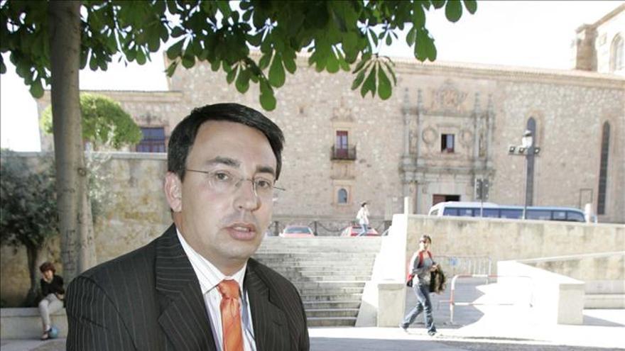 """El PSOE denuncia que la Diputación de Salamanca """"cocinó"""" contratos a medida"""