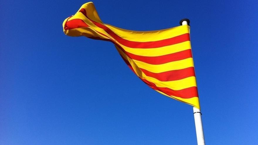 El 'no' a la independencia gana al 'sí' por cuatro puntos según una encuesta
