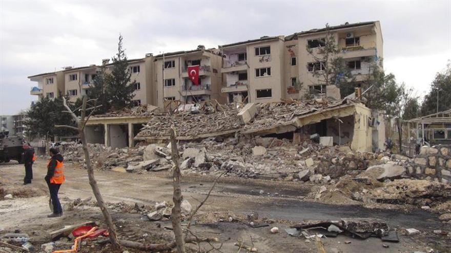 La guerrilla kurda mata a un soldado turco e hiere a otras trece personas