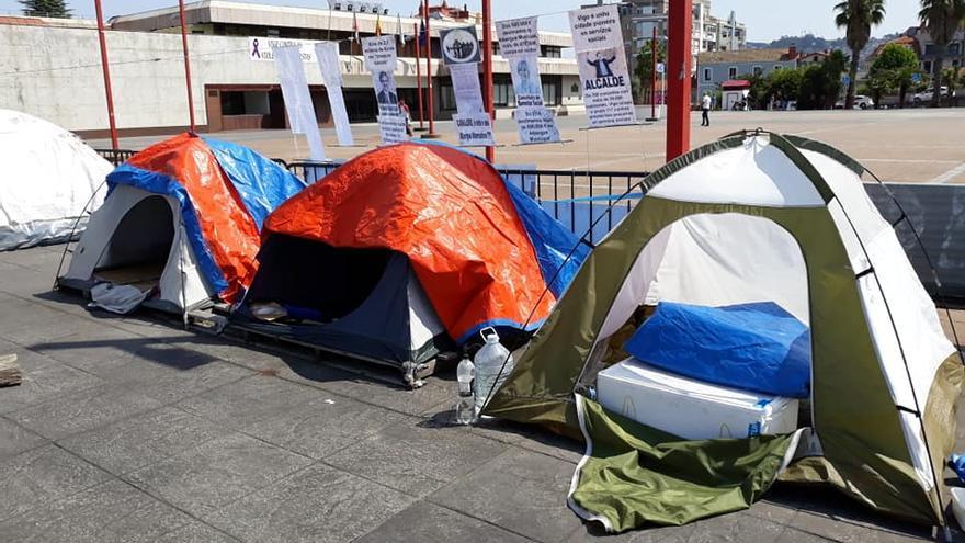 Imagen de la acampada que desde hace dos años y medio funciona en la Praza do Rei