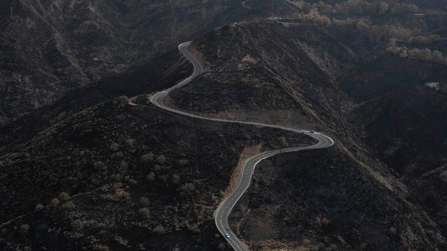 Vuelo de reconocimiento del GES del incendio de Gran Canaria