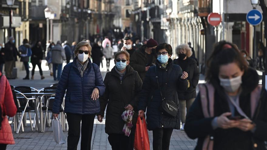 Los contagios bajan a 601 pero se elevan los fallecidos a 64 en Madrid