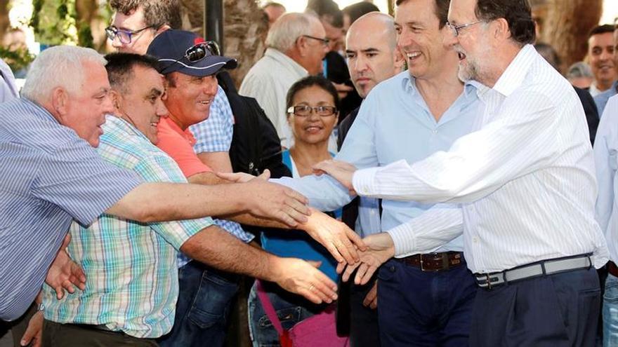 """Hernando cree Rajoy debatió con """"Heidi con coleta"""", """"un zombi"""" y """"un veleta"""""""