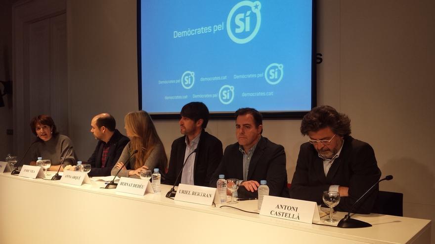 La plataforma Demòcrates pel Sí abre la campaña por el 'sí' en el referéndum independentista de Cataluña