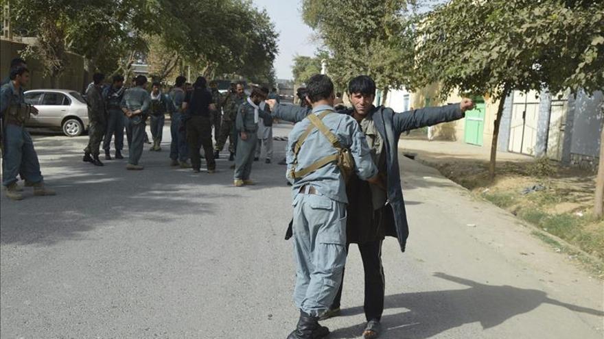 Kunduz cayó en poder talibán por el mal manejo de las autoridades, según una comisión investrigadora