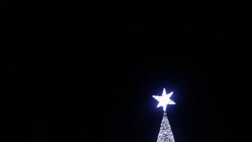 El árbol de Navidad de la plaza del Ayuntamiento
