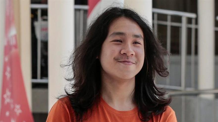 El adolescente lenguaraz que desafía el puritanismo de Singapur