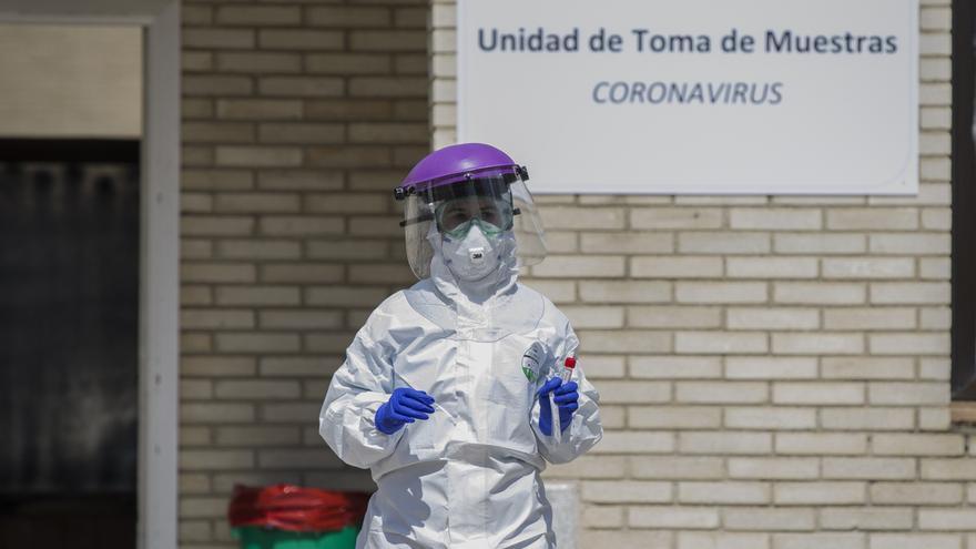 Andalucía alcanza los 5.405 contagios, 723 más, y suma 29 fallecidos hasta los 236