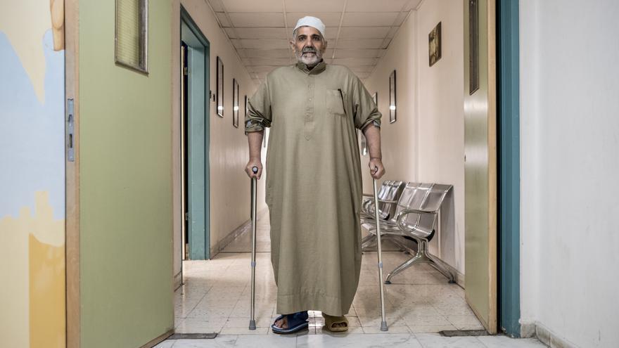 Khaled fue víctima de un ataque aéreo en Mosul y también acumula un largo historial de operaciones.
