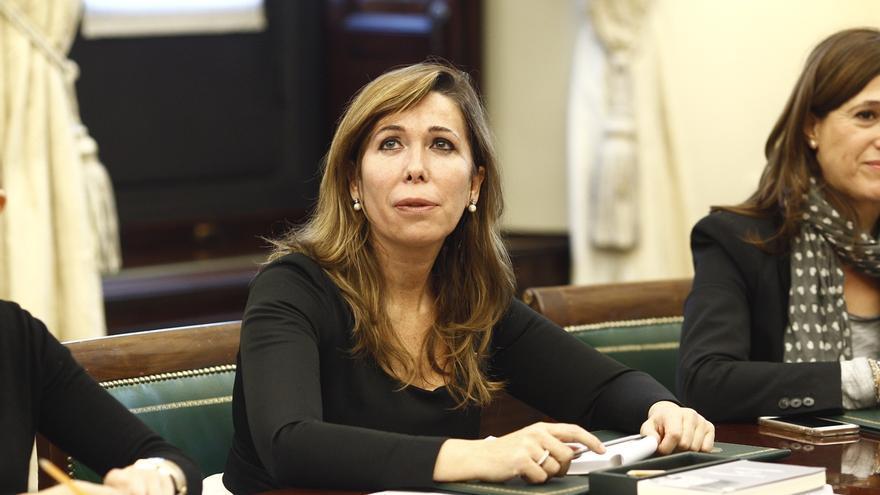Sánchez Camacho (PP), Gordo (PSOE), Reyes (Ciudadanos) y Expósito (En Comú), nuevos secretarios de la Mesa del Congreso
