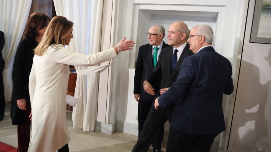 """Susana Díaz está """"muy agradecida"""" a Pedro Sánchez por el """"cariño"""" que le ha transmitido hace """"unas horas"""""""