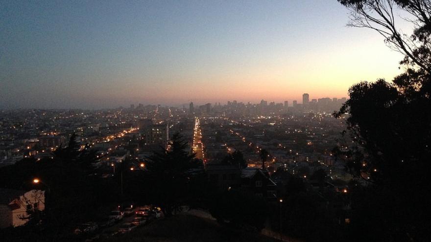 Las vistas de San Francisco desde el parque en el que la policía mató a Nieto, durante una vigilia organizada por familiares y amigos. Foto: Justice4AlexNieto