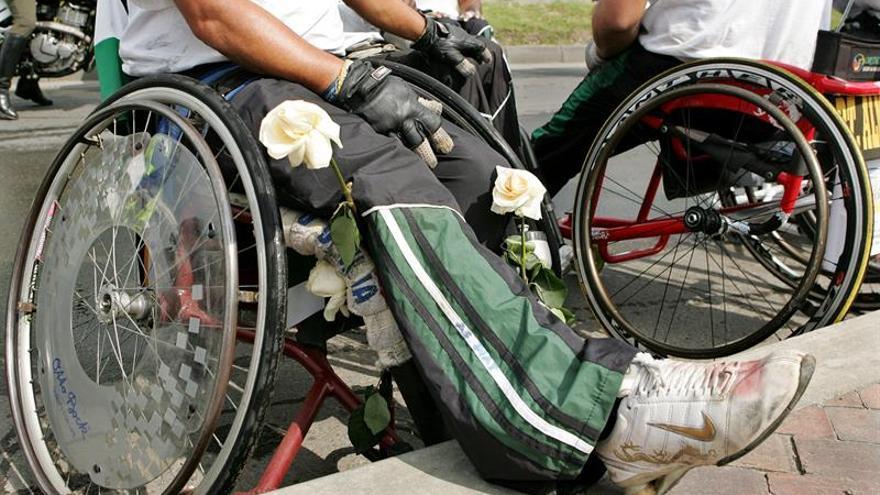 Denuncian que el catálogo de prótesis de Sanidad excluye a miles de amputados