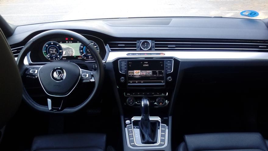 El Passat GTE ofrece al conductor información concreta sobre el funcionamiento del sistema híbrido.