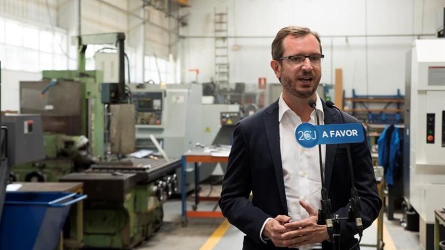 """Maroto (PP) aboga por negociar y López (PSOE) no ve """"alternativas al no"""