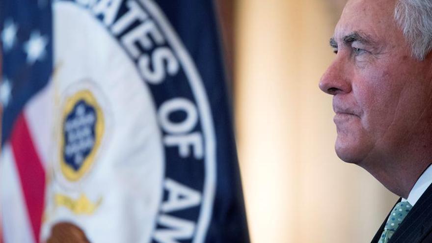 EE.UU. niega que Tillerson se plantee dimitir como secretario de Estado
