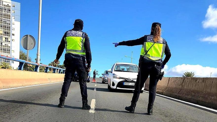 Investigado por conducir en Las Palmas de Gran Canaria sin haberse sacado el carnet
