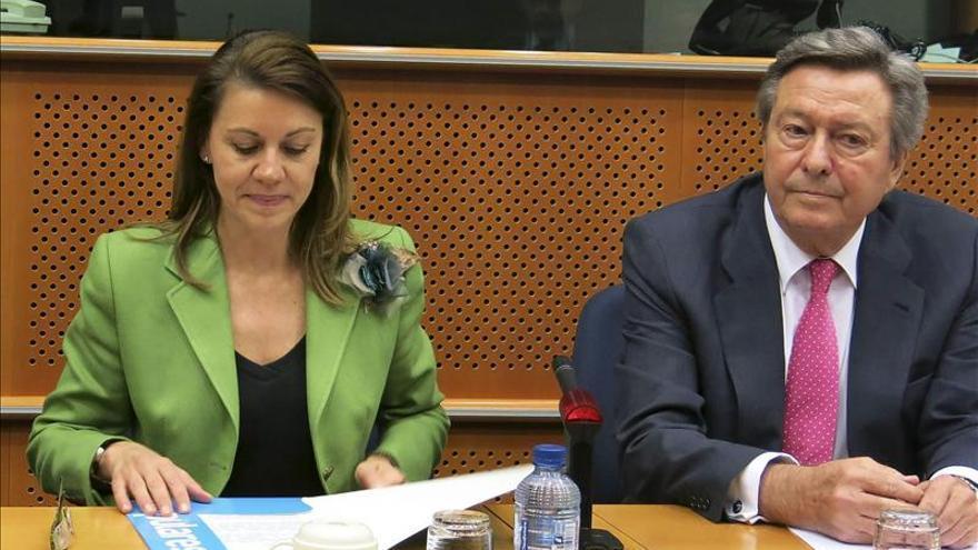 Cospedal dice que la CE avala las reformas españolas y ve lógico tener un calendario