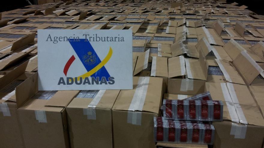 La Agencia Tributaria ha intervenido 197.500 cajetillas de tabaco de la marca Royal Canary.