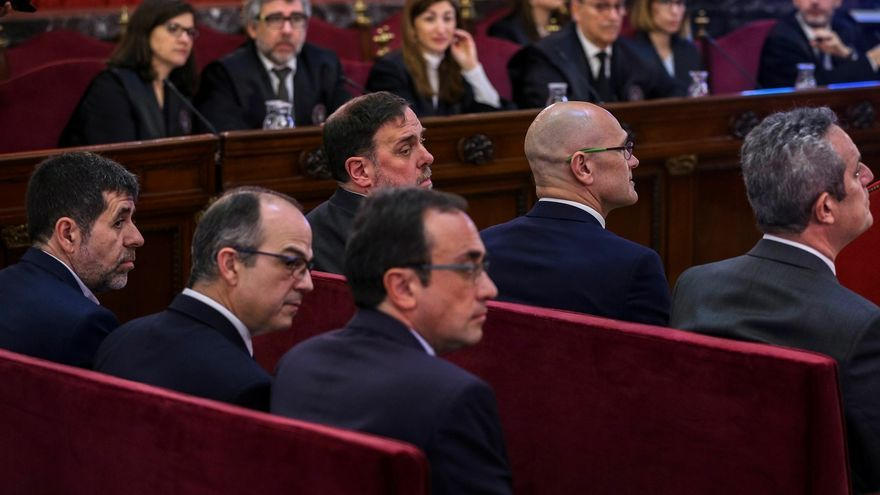 La Junta Electoral prohíbe a TV3 y Catalunya Ràdio decir 'presos políticos' y 'exilio'