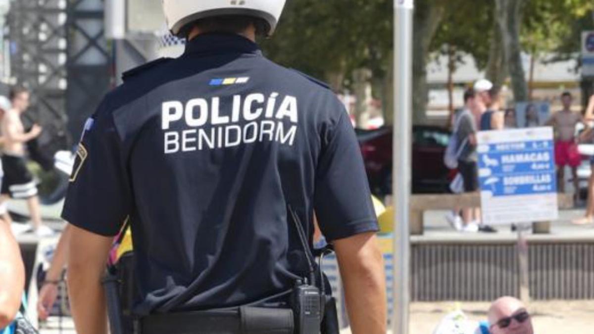 Un agente de la Policía Local de Benidorm.