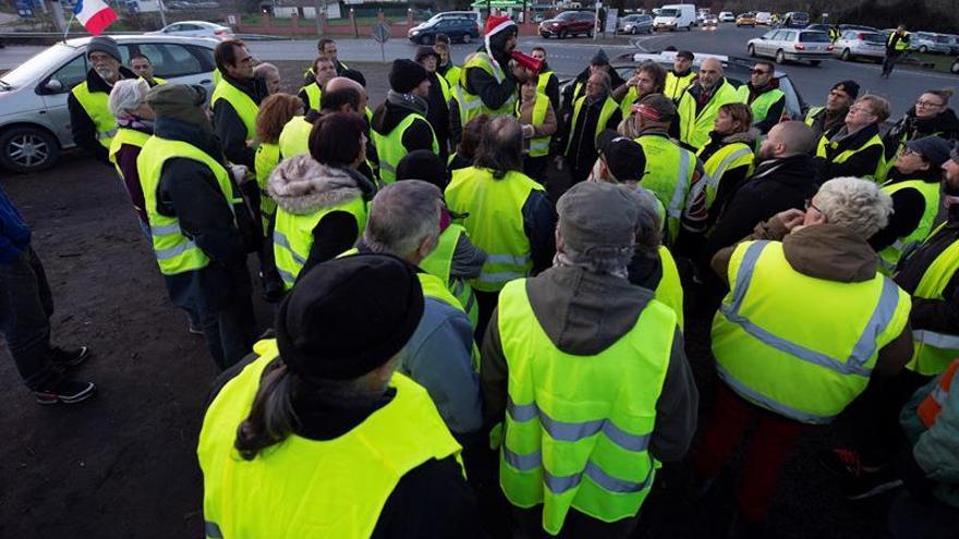 """La protesta de """"chalecos amarillos"""" perturba el tráfico entre Bélgica y Francia"""