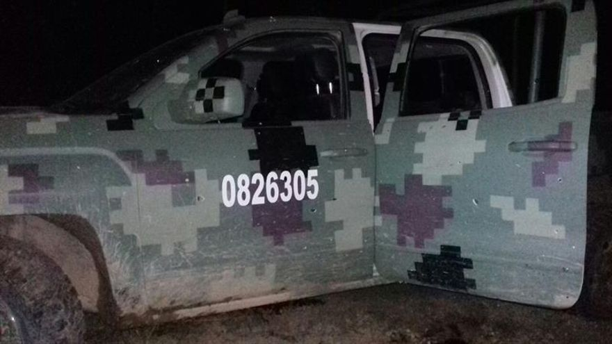 Mueren ocho presuntos sicarios y un soldado en enfrentamiento en México