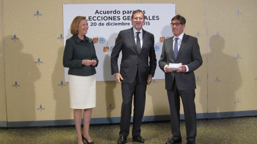 """Rajoy dice que la encuesta les """"anima a seguir trabajando"""" y pide a los españoles no jugar """"con las cosas de comer"""""""