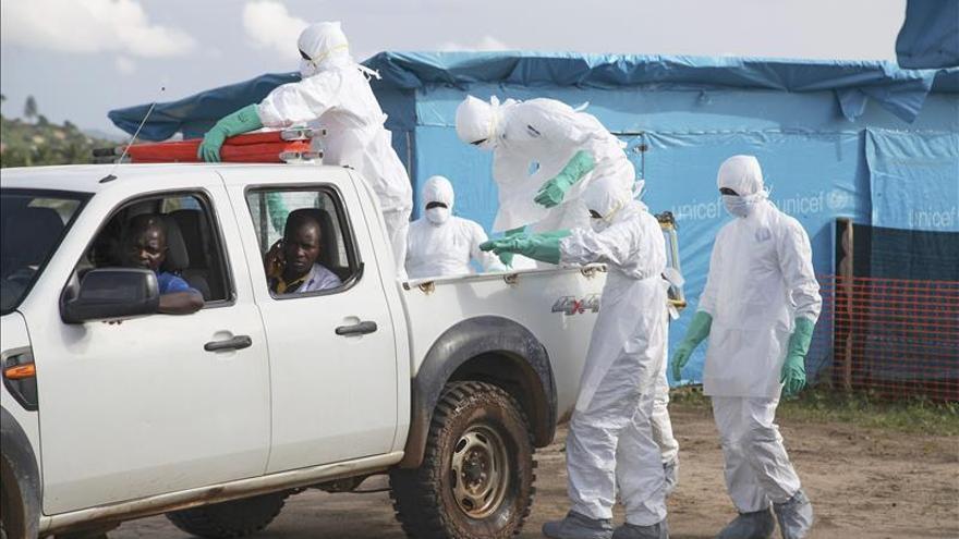 Liberia cierra parte de sus fronteras para frenar el virus del Ébola