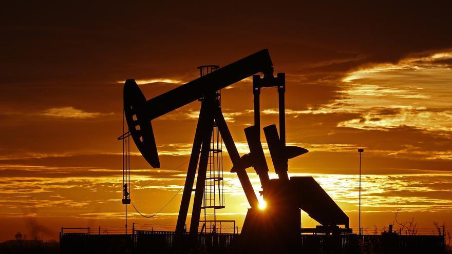 El petróleo de Texas abre con una subida del 1,55 %, hasta 67,35 dólares