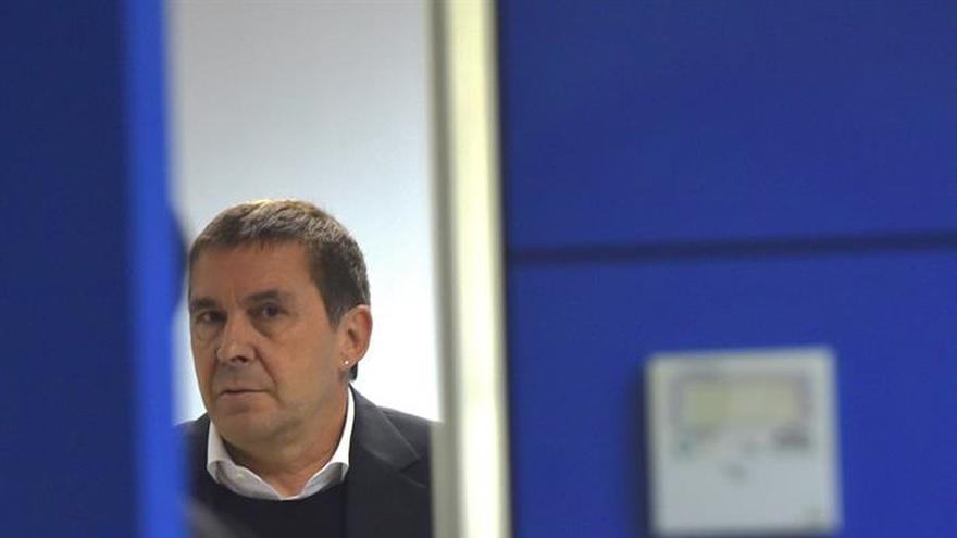 """Otegi constata que el PNV prefiere """"buscar el acuerdo con el PSE-EE"""""""