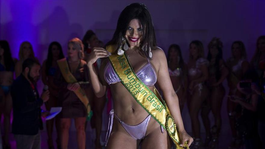 """Modelo de 25 años y """"Musa"""" del Sao Paulo, elegida como mejor trasero de Brasil"""