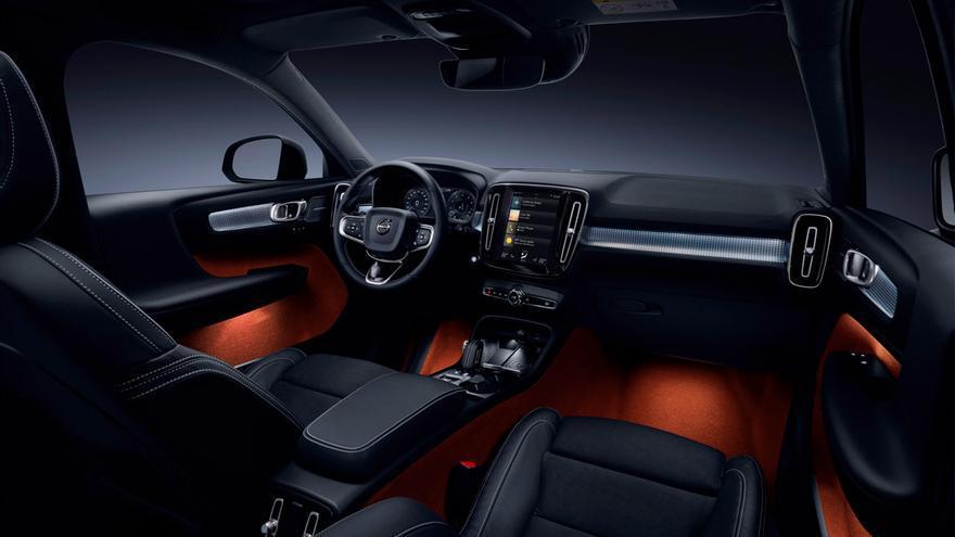 El nuevo XC40 llega para competir con el Mercedes GLA, Range Rover Evoque, Audi Q3 y BMW X1.