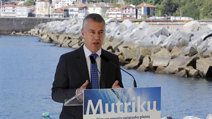 """Urkullu emplaza a Rajoy a evitar """"un conflicto institucional"""" por la Ertzaintza"""