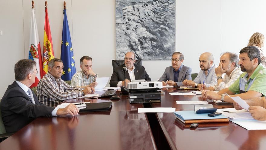 Gobierno creará un grupo de trabajo para buscar medidas que potencien el empleo en el ámbito forestal y medio natural