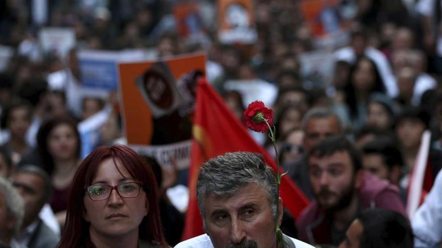 """Los nuevos arrestos de activistas en Turquía son """"una caza de brujas"""", dice ONU"""