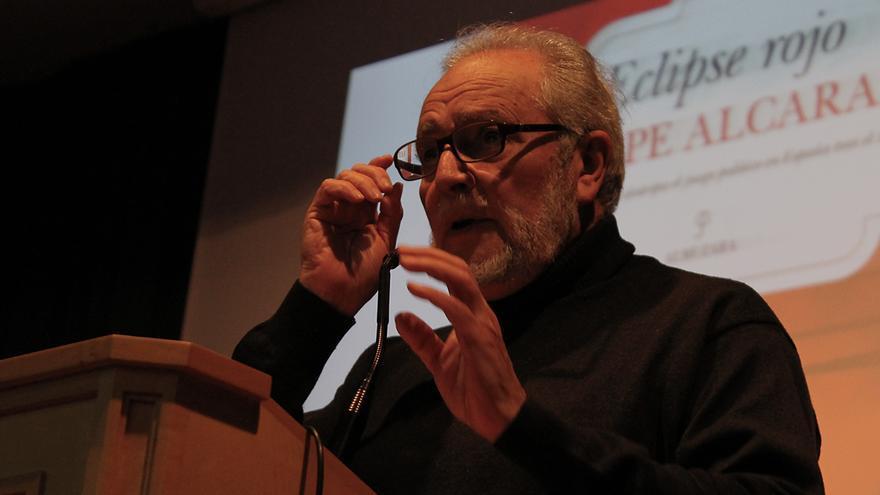 Julio Anguita y el 'Eclipse rojo'. / JUANMI BAQUERO