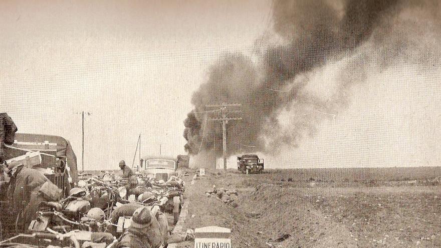 Bombardeo de una columna motorizada italiana / Archivo Histórico de Guadalajara