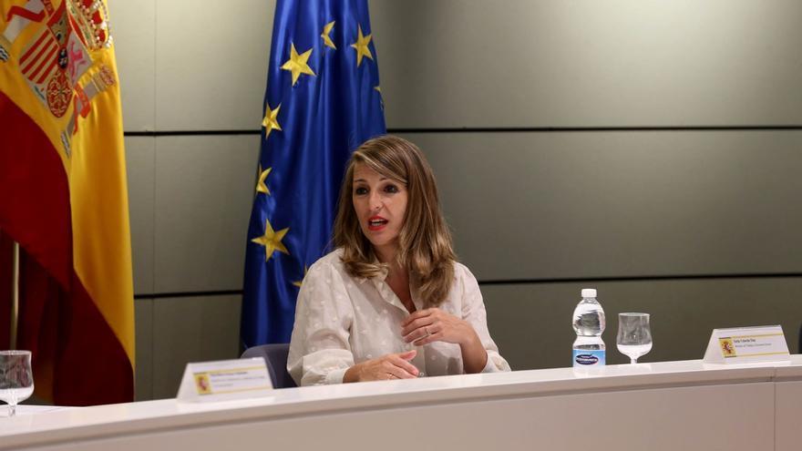 La ministra de Trabajo, Yolanda Díaz, en el encuentro mantenido este lunes con RidersxDerechos.